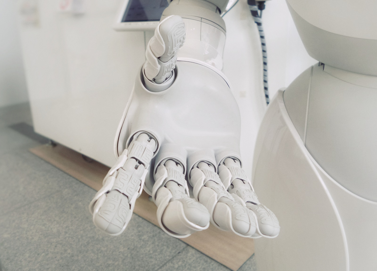 Will Bots Replace the Human Customer Support Role